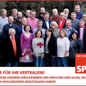 Die KandidatInnen auf Burg Gleiberg. Darunter der Schriftzug: Danke für Ihr Vertrauen! Wir danken unseren Wählerinnen und Wählern und allen, die zu unserem Wahlergebnis beigetragen haben!