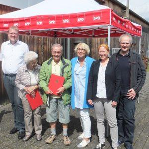 Die Jubilare mit Dagmar Schmidt, BGM Thomas Brunner und Ralf Volgmann